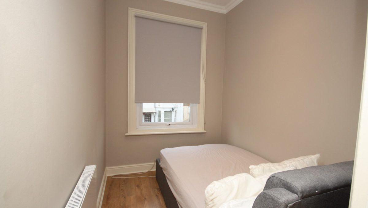 Eynham Room 2