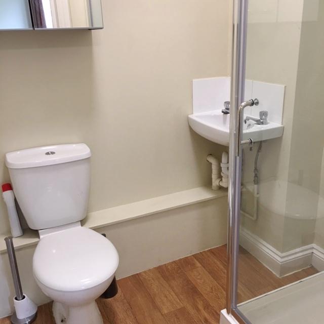 Studio 2 Bathroom